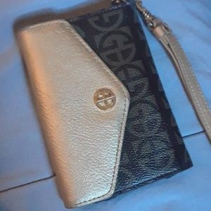 Giani Bernini Phone wallet case!